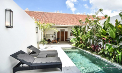 Image 2 from 1 Bedroom Villa For Sale Leasehold 900m from Petitenget Beach
