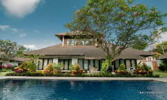 Image 3 from 11 Bedroom Villa For Monthly Rental in Sanur