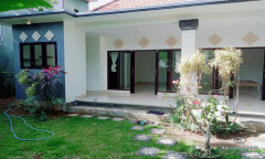 Image 2 from 2 Bedroom House For Yearly Rental in Umalas