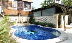 Image 2 from villa de 2 chambres à louer et à vendre en pleine propriété à Umalas