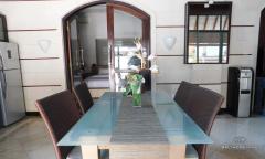 Image 3 from villa de 2 chambres à louer et à vendre en pleine propriété à Umalas