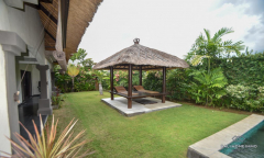 Image 1 from 2 Bedroom Villa For Rent & Sale Leasehold Near Batu Bolong Beach