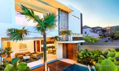 Image 2 from Villa de 2 chambres pour la location annuelle et la vente en pleine propriété à Berawa