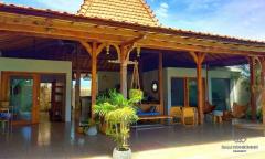 Image 1 from Villa de 2 chambres à coucher à louer à l'année à Berawa