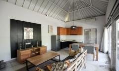 Image 1 from Villa de 2 chambres à louer à l'année à Seminyak