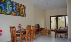 Image 3 from Villa de 2 chambres à coucher à louer à l'année à Kerobokan