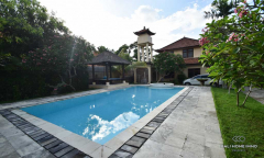 Image 1 from 3 bedroom villa for monthly rental in Batu Bolong