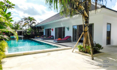 Image 1 from 3 Bedroom Villa For Monthly & Yearly Rental in Berawa