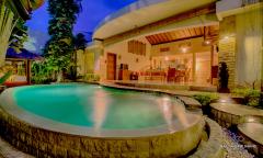 Image 1 from Villa de 3 chambres à louer au mois à Berawa