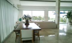 Image 1 from Villa 3 chambres à louer et à vendre en pleine propriété à Ungasan