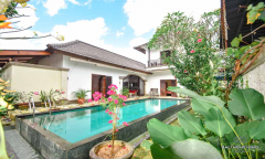 Image 2 from Villa 3 Kamar Dijual SHM di Canggu