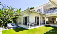 Image 3 from Villa de 3 chambres à coucher à vendre en location à Batu Belig