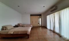 Image 1 from Villa de 3 chambres à vendre à bail à Sanur
