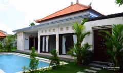 Image 3 from Villa de 3 chambres à coucher à louer à l'année à Berawa