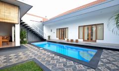 Image 1 from Villa de 3 chambres à louer à l'année à Berawa