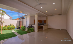 Image 3 from 3 Bedroom Villa For Yearly Rental & Sale Leasehold in Seminyak