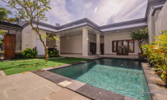 Image 1 from 3 Bedroom Villa For Yearly Rental & Sale Leasehold in Seminyak