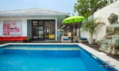 Image 2 from 3 Bedroom Villa  Near Batu Belig Beach