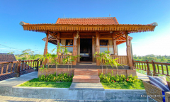 Image 1 from 3 Bedroom Villa with Stunning View for Yearly Rental in Munggu - Seseh