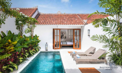Image 2 from 3 Unit Villa in a Complex For Sale Leasehold Near Petitenget Beach