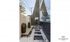 Image 3 from Villa de luxe de 4 chambres à vendre en pleine propriété dans la région de Tanah Lot