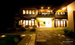 Image 2 from Villa de 4 chambres à louer au mois à Berawa