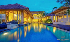 Image 1 from Villa de 4 chambres à coucher à vendre et à louer à Berawa