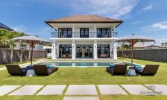 Image 1 from Villa de 4 chambres à louer au mois ou à l'année à Berawa