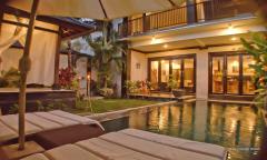 Image 1 from Villa de 4 chambres à louer au mois et à l'année près de la plage de Batu Bolong