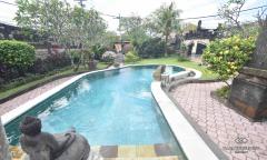 Image 3 from 4 Bedroom Villa for Rent in Seminyak