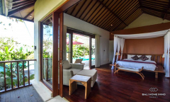 Image 2 from 4 Bedroom Villa For Sale Freehold in Canggu