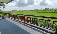 Image 3 from 4 Bedroom Villa For Sale Freehold in Seminyak - Batu Belig