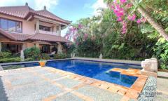 Image 2 from Villa 4 chambres à vendre en pleine propriété à Seminyak
