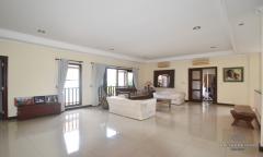 Image 3 from Villa 4 chambres à vendre en pleine propriété à Seminyak - Petitenget