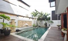 Image 2 from Villa 4 chambres à vendre en pleine propriété à Seminyak - Petitenget