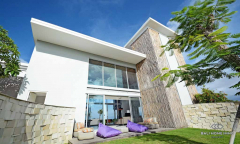 Image 1 from 4 Bedroom Villa For Sale Freehold in Uluwatu