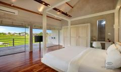 Image 3 from Villa de 4 chambres à coucher à vendre en pleine propriété et à louer au mois à Umalas