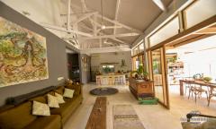 Image 3 from Villa de 4 chambres à vendre en location à Berawa