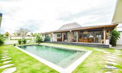 Image 1 from Villa de 4 chambres à vendre en location à Nyanyi
