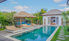 Image 1 from 4 Bedroom Villa For Sale Leasehold in Petitenget