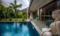 Image 2 from 4 Bedroom Villa for Monthly Rental & Sale Leasehold in Seminyak