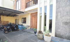 Image 3 from 4 Bedroom Townhouse for Sale Leasehold in Tumbah Bayuh - Pererenan