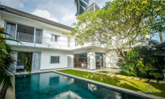 Image 2 from 4 Bedroom Villa For Sale leasehold Near Berawa Beach