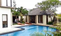Image 1 from Villa de 4 chambres à coucher à vendre en pleine propriété à Berawa