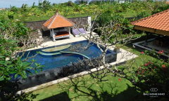 Image 2 from 4 Bedroom Villa For Yearly Rental Batu Bolong