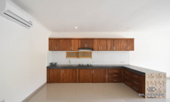 Image 3 from 4 Bedroom Villa for Yearly Rental in Berawa