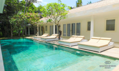 Image 2 from 4 Bedroom Villa For Yearly Rental in Canggu
