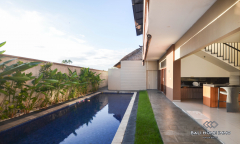 Image 3 from 4 Bedroom Villa for Yearly Rental in Petitenget