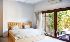 Image 3 from 4 bedroom villa for yearly rental in Seminyak
