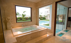 Image 2 from 5 Bedroom Villa For Sale Freehold in Canggu
